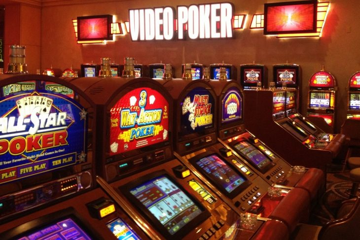 Silver online gambling site – Offers plenty of games to the gamblers!!
